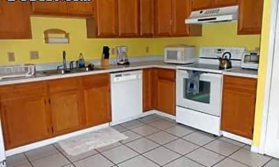 Kitchen, 2942 Lantana Lakes Dr E, 1