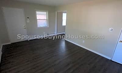 Living Room, 4904 Carvel Ave, 1