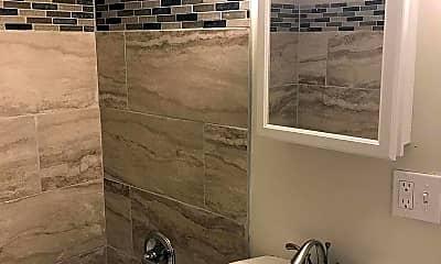 Bathroom, 568 Wilson Bridge Dr C1, 2