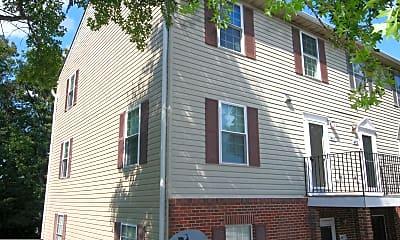 Building, 4468 Blue Heron Way, 1