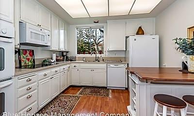 Kitchen, 46 Seaview Dr, 0