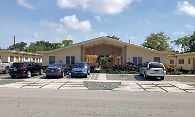 Building, 1260 NE 139th St, 2