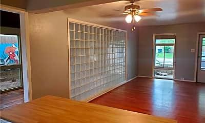 Living Room, 4637 Mildred Dr, 1