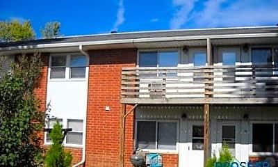 Building, 260 N Front St, 0