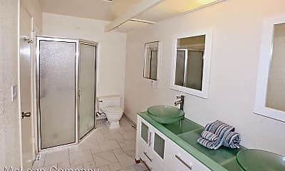 Bathroom, 70090 Chappel Rd, 2