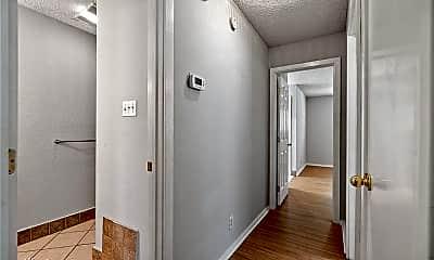 Bathroom, 2107 Courtney St, 2