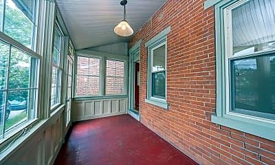 Patio / Deck, 410 W Front St, 1