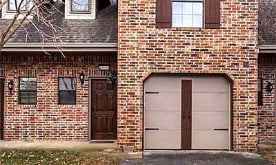 Building, 4047 Glenstone Terrace, 1