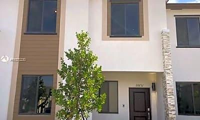 Building, 20615 NE 7th Pl 20615, 0