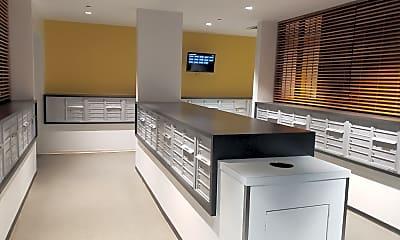 Kitchen, 235 W Van Buren St 4422, 1