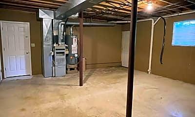Bedroom, 2025 Brewster Rd, 2