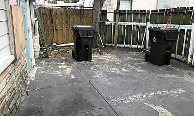 Patio / Deck, 629 58th St B, 2