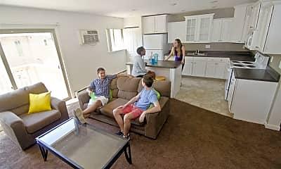 Living Room, 220 Cedar St, 2
