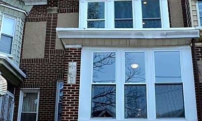 Building, 1927 N 61st St, 2