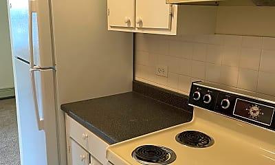 Kitchen, 5736 W 128th St, 1