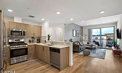 Kitchen, 4725 Radford Ave, 1