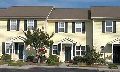 Building, Beaufort Towne Apartments, 1