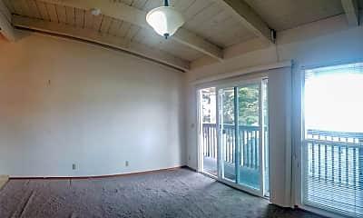 Patio / Deck, 828 Laine St, 1