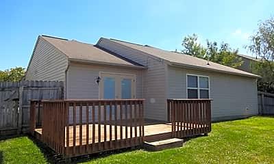 Building, 686 Hannah Place, 2