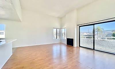 Living Room, 8831 Van Nuys Blvd, 1