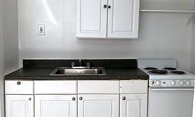 Kitchen, 709 NE 5th St, 2