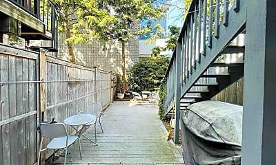 Patio / Deck, 126 Magnolia Ave 1, 2