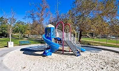 Playground, 26155 La Real C44, 2