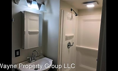 Bathroom, 517 Lawton Pl, 2