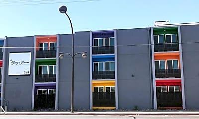 Building, 624 Stewart Ave, 2