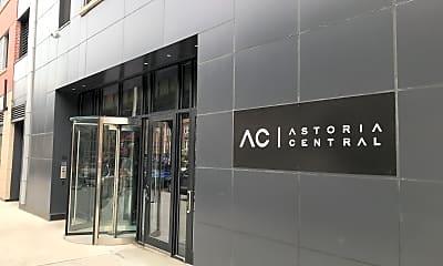 Astoria Central, 1