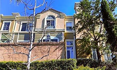 Building, 3415 S Main St D, 1