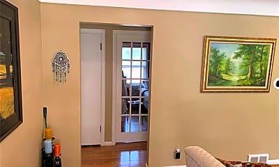 Living Room, 4412 Berkshire Rd, 1