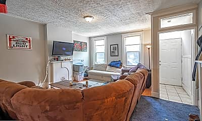 Living Room, 928 W College Ave, 1
