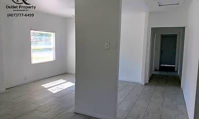 Building, 918 E 10th St, 1