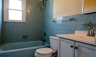 Bathroom, 15 Brady Ave, New Rochelle, 10805, 2