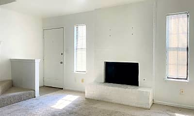 Living Room, 2129 Beaumont Dr, 1