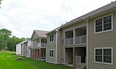Building, Ivy Woods Apartments, 2