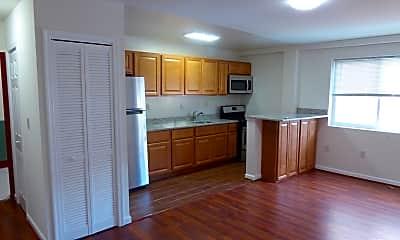 Kitchen, 1352 Park Rd NW, 1