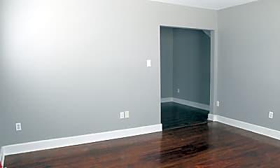 Living Room, 250 Natalen Ave 1, 2