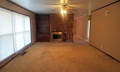 Living Room, 523 S 87th E Ave S, 1