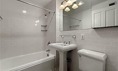 Bathroom, 401 W 22nd St, 2