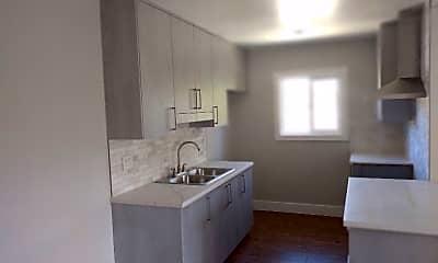 Kitchen, 9949 Pinewood Ave, 0