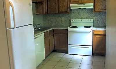 Kitchen, 428 W Locust St, 1