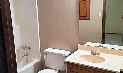 Bathroom, 109 Dartmouth Cove, 2