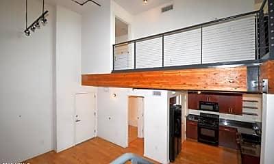 Kitchen, 1326 N Central Ave 414, 2