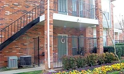 Building, 2710 Golden Creek Ln, 0