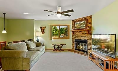 Living Room, 7727 Kentucky Cir N, 0