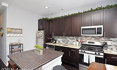 Kitchen, 939 N Ashland, 1