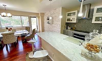 Living Room, 377 S Harrison St 3I, 0