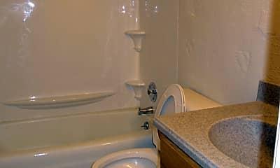 Bathroom, 809 N Fell Ave, 1